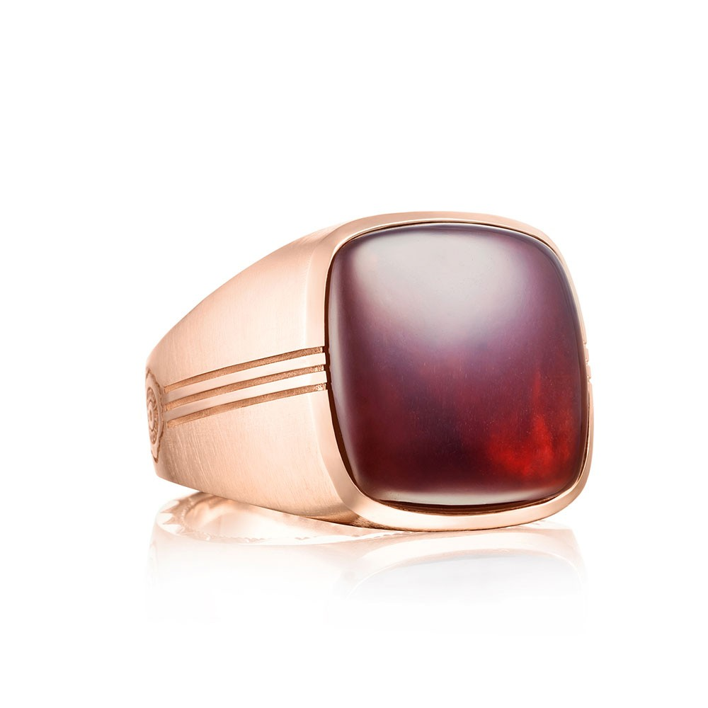 Cushion Cabochon Ring featuring Garnet over Mother of Pearl MR100P41
